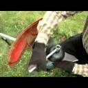 Křovinořez při práci -  video