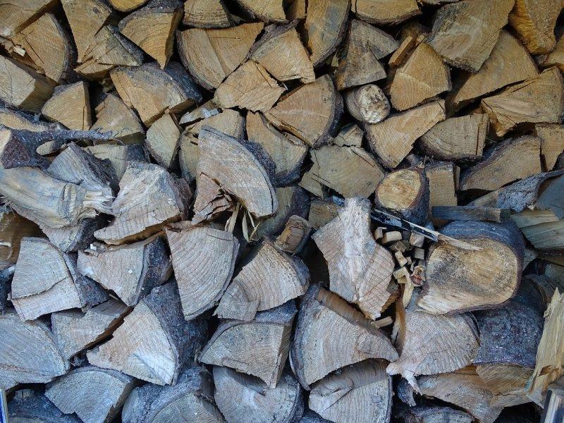 dřevo, bydlení, topení, štípačka nadřevo
