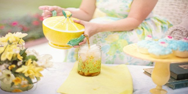 pitný režim, pitná voda, čaj, bylinkový čaj, žízeň, zdraví