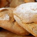 Jak nakoupit čerstvý a kvalitní chléb, uzeninu nebo ryby?