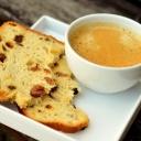 Káva pro návštěvy, obilninový nápoj pro domácí
