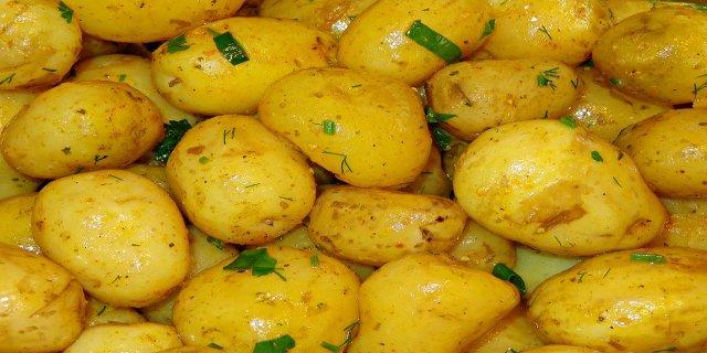 zdraví, minerály, vitaminy, nové brambory, vaření