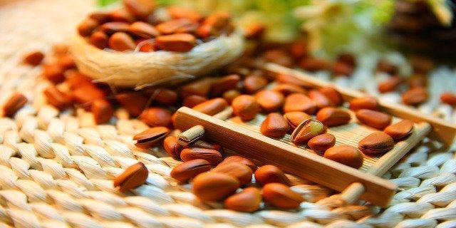 proteinové tyčinky, zdraví, bílkoviny, sport, hubnutí, kalorie, sacharidy