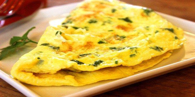 zdraví,zdravá snídaně, snídaně, bílkoviny, sacharidy, omeleta, ryby, energie
