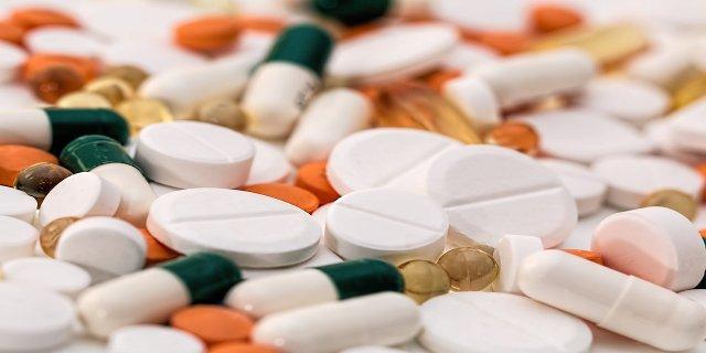léky, generika, doplatky zaléky, zdraví, lékárna