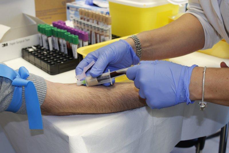 zdraví, odběr krve, nemoc, laboratoř
