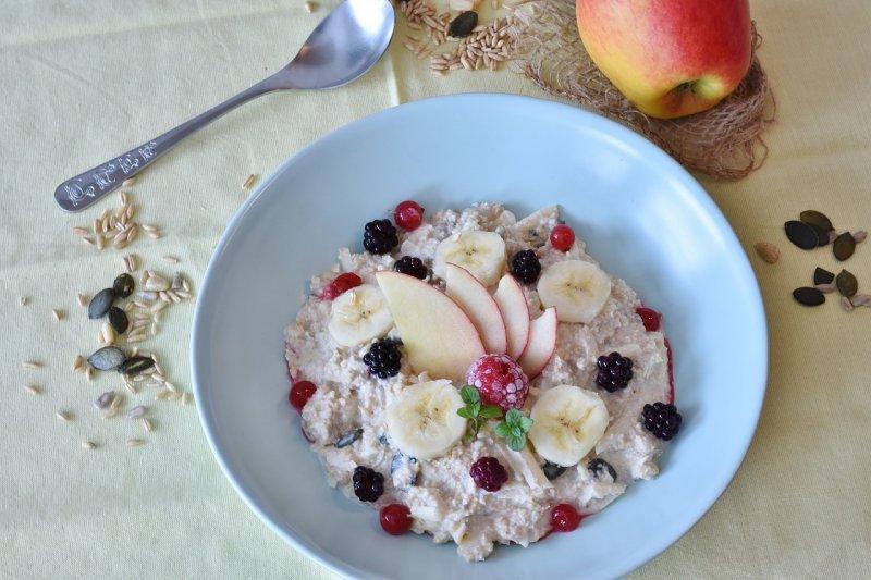 obiloviny, snídaně, hubnutí, zdraví, dieta, müsli