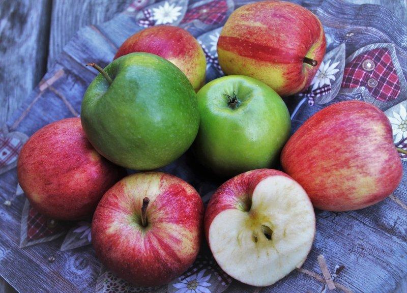 jablka, jablečná dieta, zdraví, detoxikace