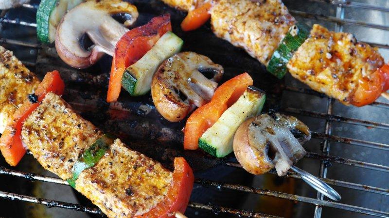 grilování, maso, zdraví, pitný režim, smothie, zelenina, ovoce