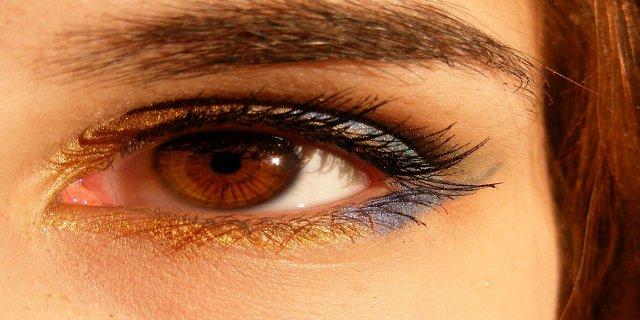 barva očí, nemoci očí, šedý zákal, makulární degenerace